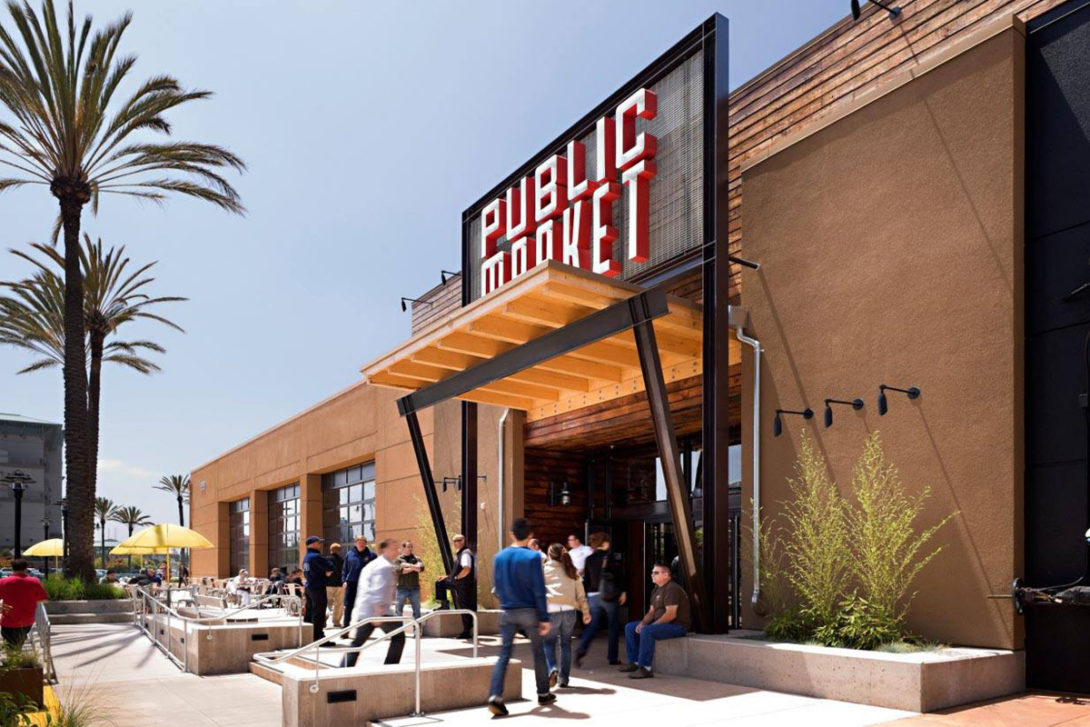 The Emeryville Public Market offers over 20 unique food retailers representing the diversity of San Francisco Bay Area. The food court underwent major renovations and therefore needed a new logo and signage.